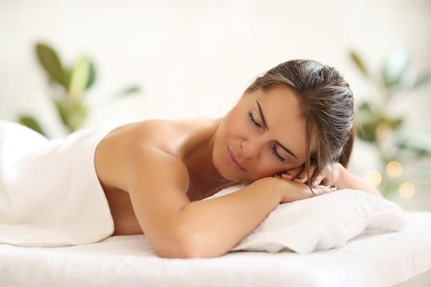 Kobieta w spa