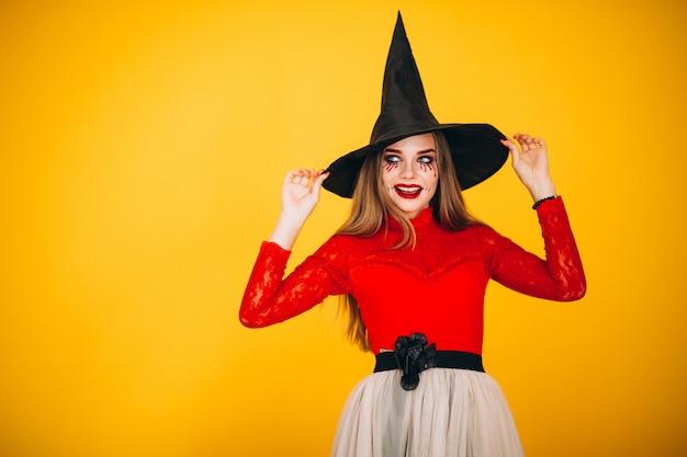 Kobieta w stroju na halloween