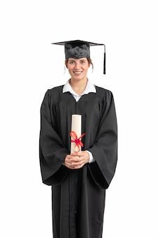 Kobieta z dyplomem ukończenia szkoły