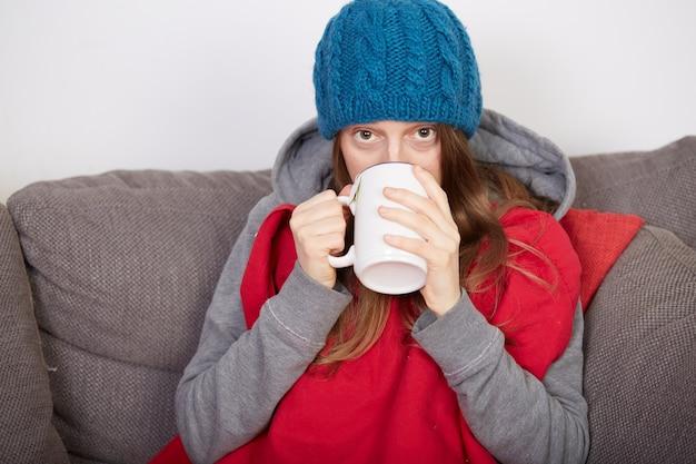 Kobieta z grypą