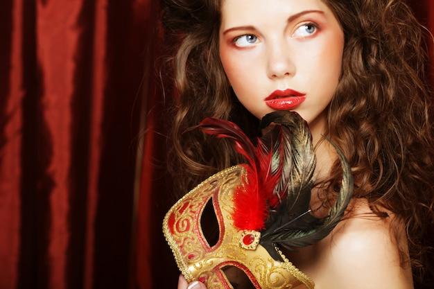 Kobieta z maski karnawałowe weneckie maskarady
