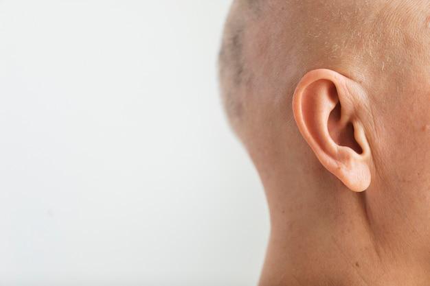 Kobieta z rakiem skóry z miejscem na kopię