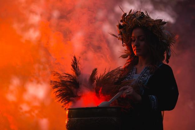 Kobiety obsiadanie w płonącym pentagrama okręgu, magia.