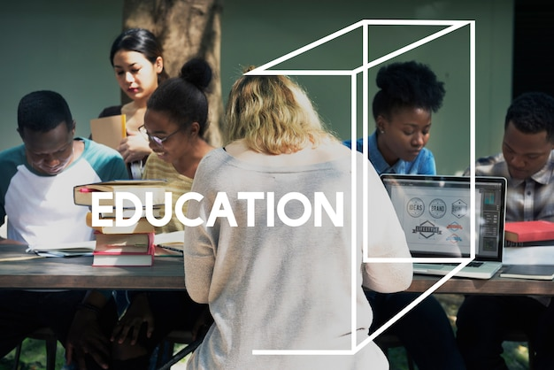 Kobiety uczenie nauki edukaci wiedzy słowa grafika