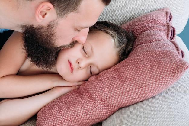 Kochające relacje córki ojca