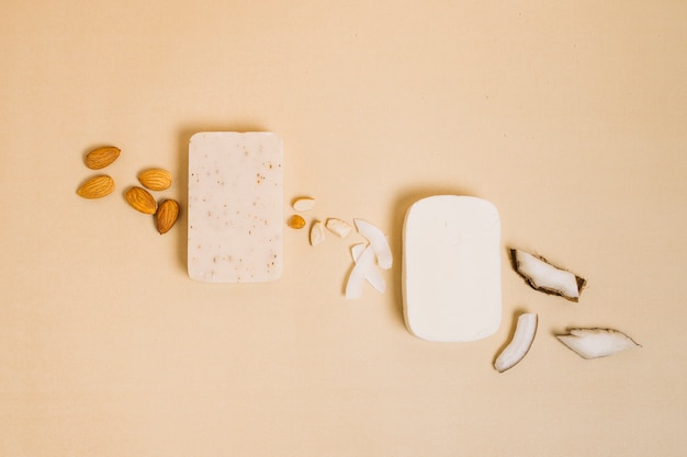 Kokos z migdałów organicznych mydeł widok z góry