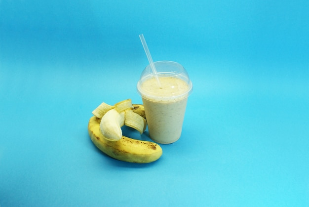Koktail bananowy