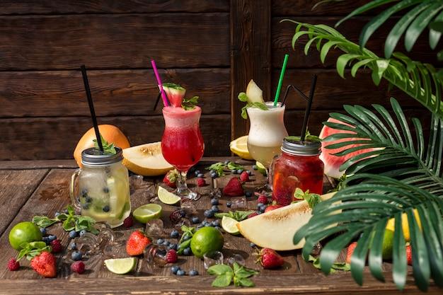 Koktajle owocowe w lecie