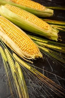 Kolce kukurydzy i pszenicy