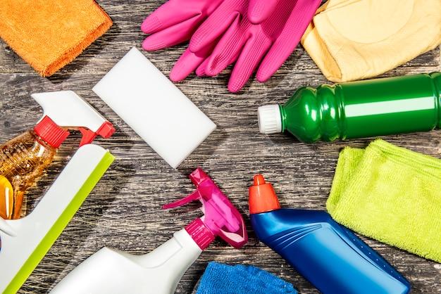 Kolekcja narzędzi do czyszczenia