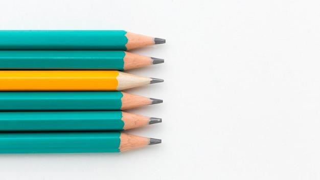 Kolekcja ołówków widok z góry