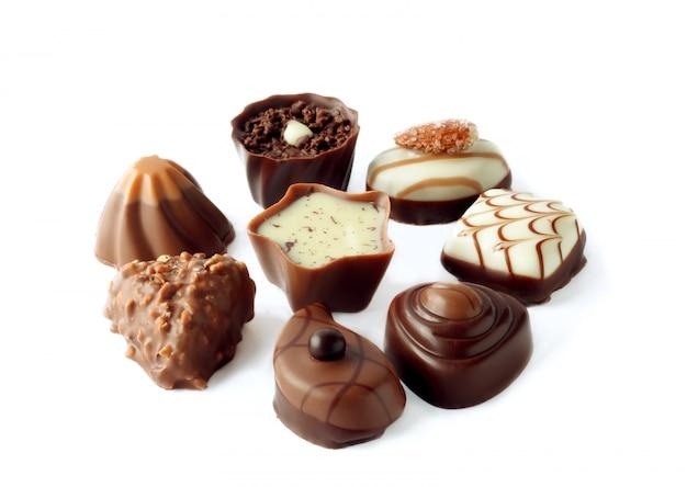 Kolekcja pięknych pysznych cukierków czekoladowych