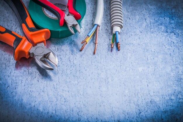 Kolekcja szczypiec do cięcia drutu falistego z ochroną drutu ins