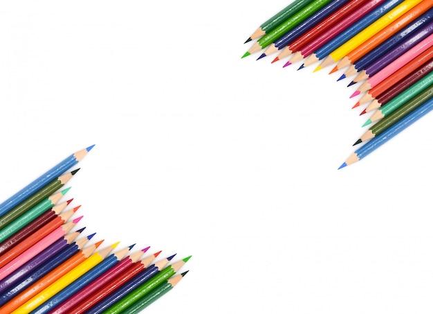 Kolorów ołówki odizolowywający na białym tle