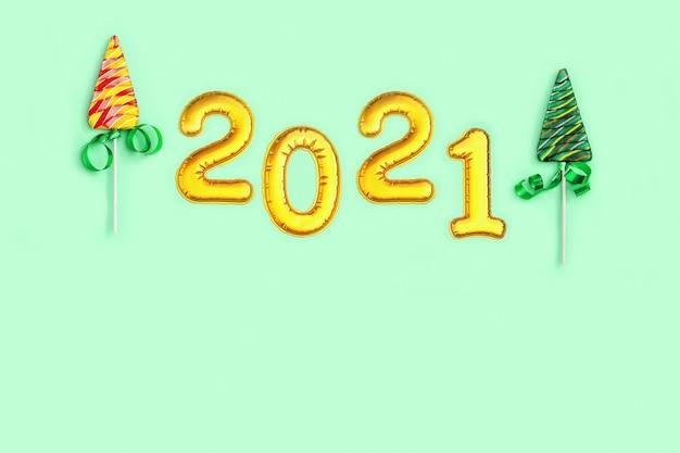 Kolorowe cukierki kreatywne na nowy rok lub boże narodzenie