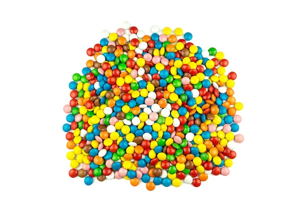 Kolorowe cukierki na białym tle
