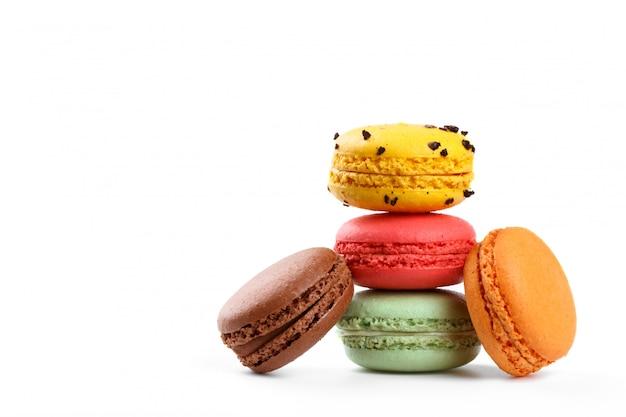 Kolorowe francuskie macarons