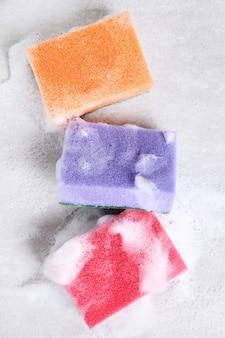 Kolorowe gąbki