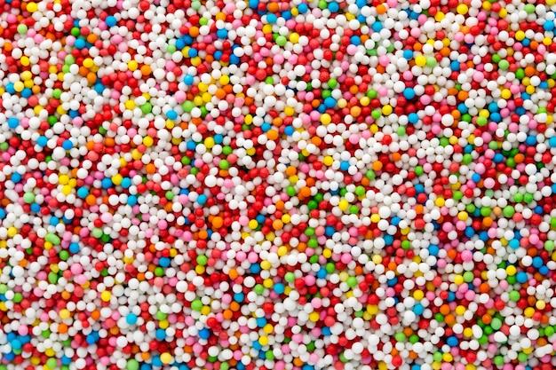 Kolorowe kulki z cukru słodkiego