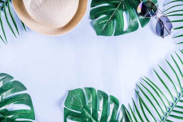 Kolorowe letnie wakacje i wakacje na płasko