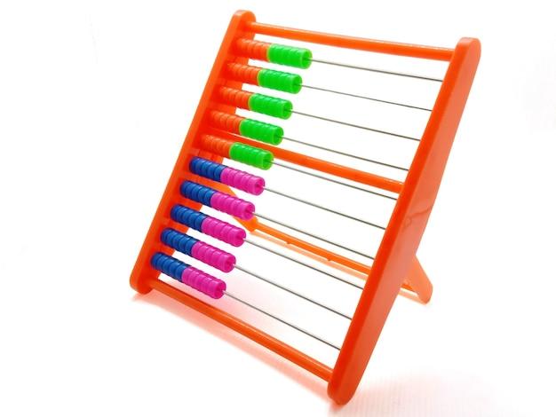 Kolorowe liczydło zbliżenie koncepcja finansów i biznesu gry arytmetyczne i matematyczne zabawka