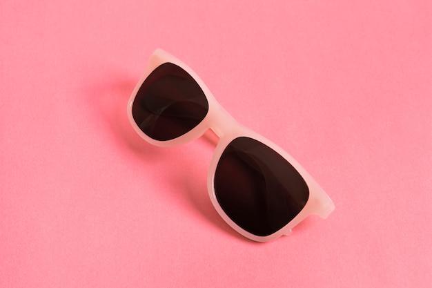 Kolorowe optyczne okulary przeciwsłoneczne