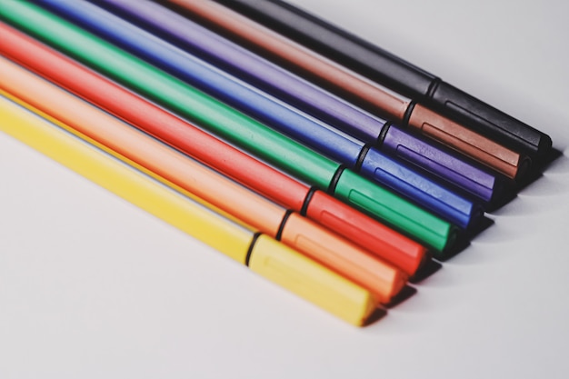Kolorowe pisaki do rysowania, zbliżenie