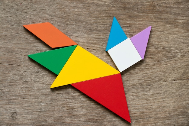 Kolorowe puzzle tangram