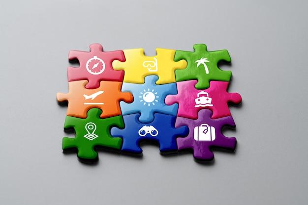 Kolorowe puzzle z podróży i restauracji