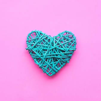Kolorowe serce w kształcie diy na różowo