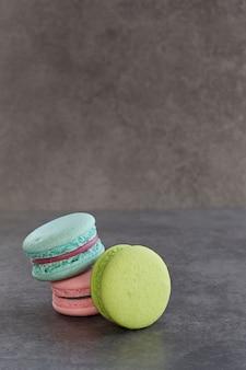 Kolorowy francuski macaron styl vintage