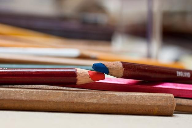 Kolorowy ołówek