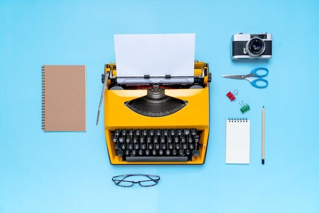 Kolorowy stacjonarny w koncepcji kreatywnej pracy w szkole