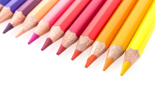 Koloru ołówek odizolowywający na białym tle