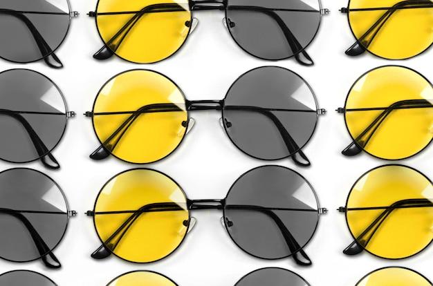 Kolory szary i żółty