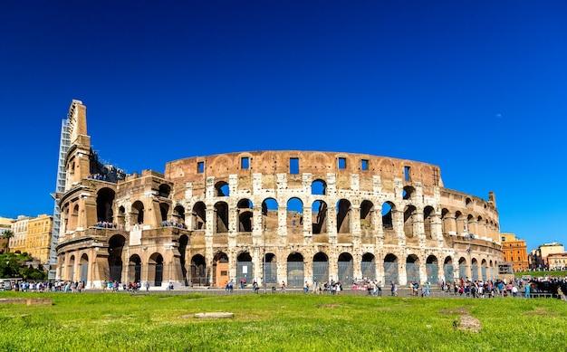 Koloseum lub amfiteatr flawiuszów w rzymie