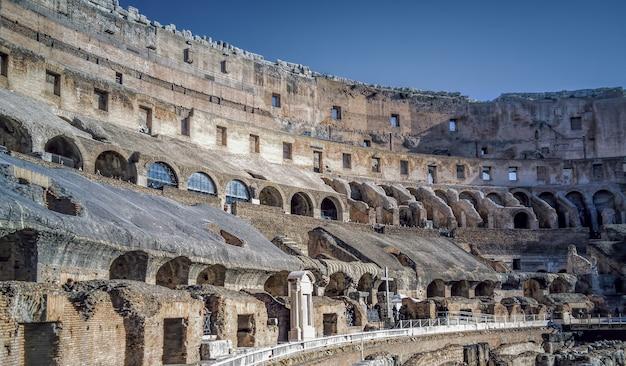 Koloseum W Rzymie Włochy Premium Zdjęcia