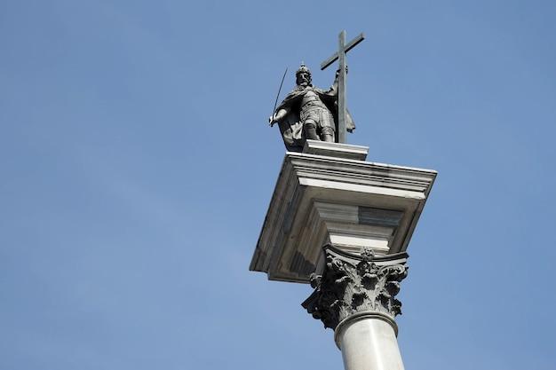 Kolumna zygmunta na rynku starego miasta w warszawie