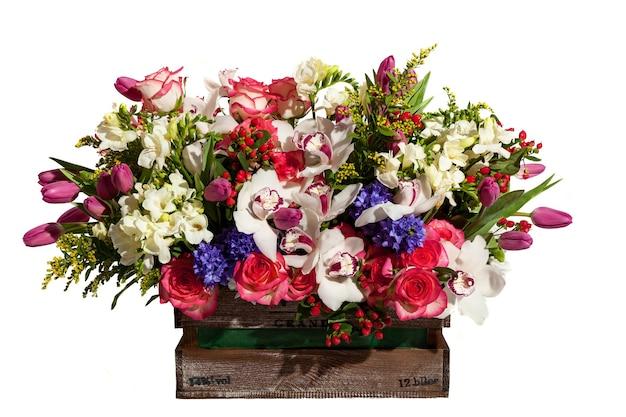 Kompozycja bukietów kwiatowych na świąteczny wiosenny bukiet kwiatów dla twojego ulubieńca