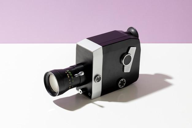 Kompozycja kamery filmowej w stylu vintage