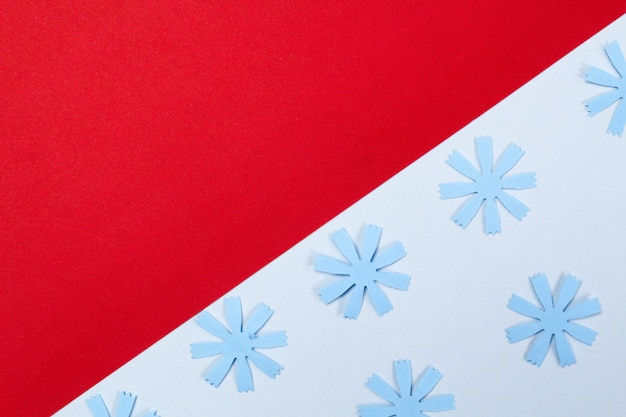Kompozycja makiety z papierowymi kwiatami