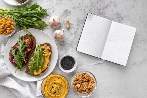 Kompozycja pysznego jedzenia i składników