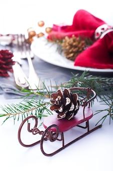 Kompozycja świąteczna z saniami