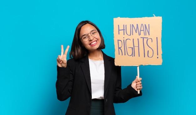 Koncepcja aktywista młoda ładna bizneswoman