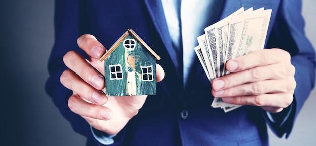 Koncepcja biznesowa kupno domu lub sprzedaż