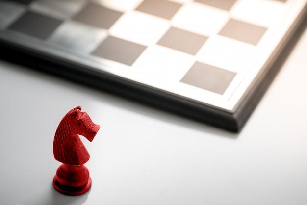 Koncepcja biznesowa szachy, lider pracy zespołowej i sukces