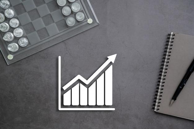 Koncepcja biznesu online i zakupów na stacjonarnym tle