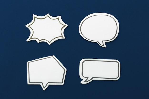 Koncepcja czatu w mediach społecznościowych. puste pusty bąbelek czatu dla tekstu