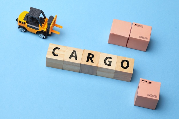 Koncepcja firmy kurierskiej cargo branża termin dużego obciążenia.