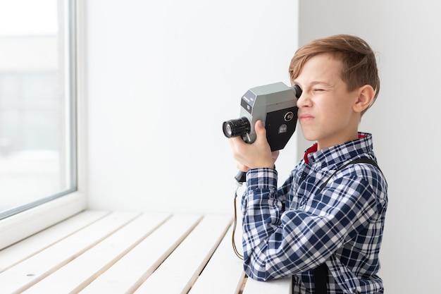 Koncepcja fotografa, dzieci i hobby